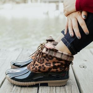 """Shoes - 1 HR SALE """"MEOW"""" Plaid Duck Boots"""